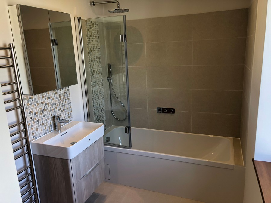 bathroom-refinishing-london-bathroom-refurbishment-london