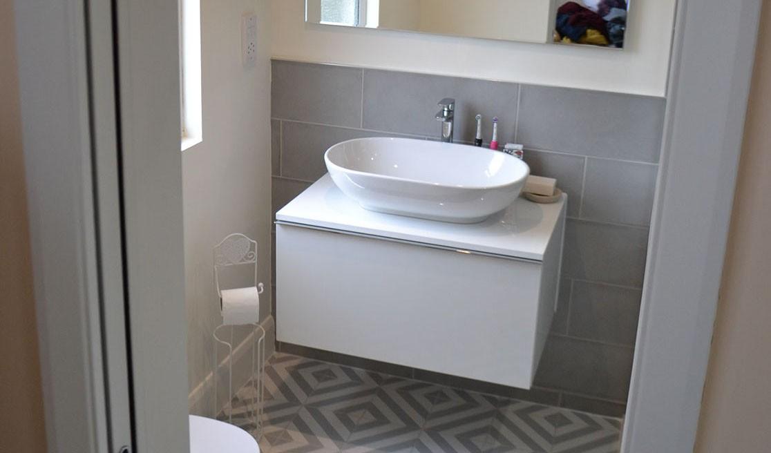 bath-refinishing-london-bathroom-refurbishment-london